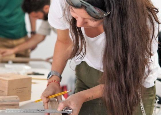 جولة وورشة عمل للشباب : صناعة الآلات الموسيقية
